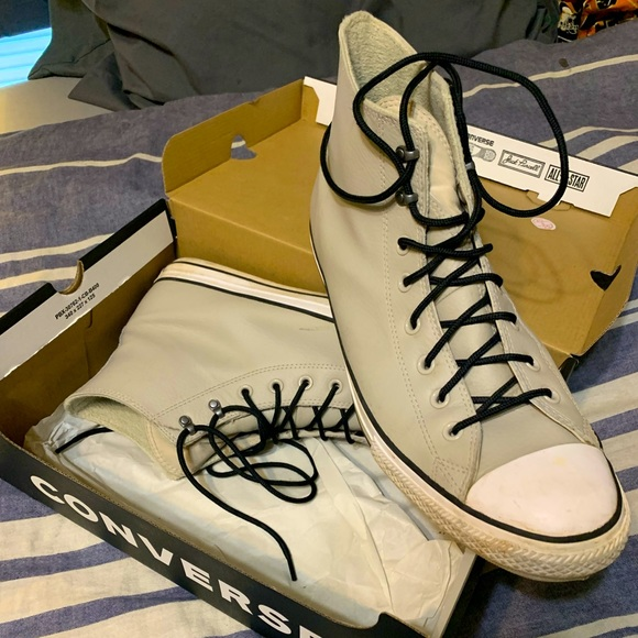 Converse leather sneakers size 13. Hardly worn.